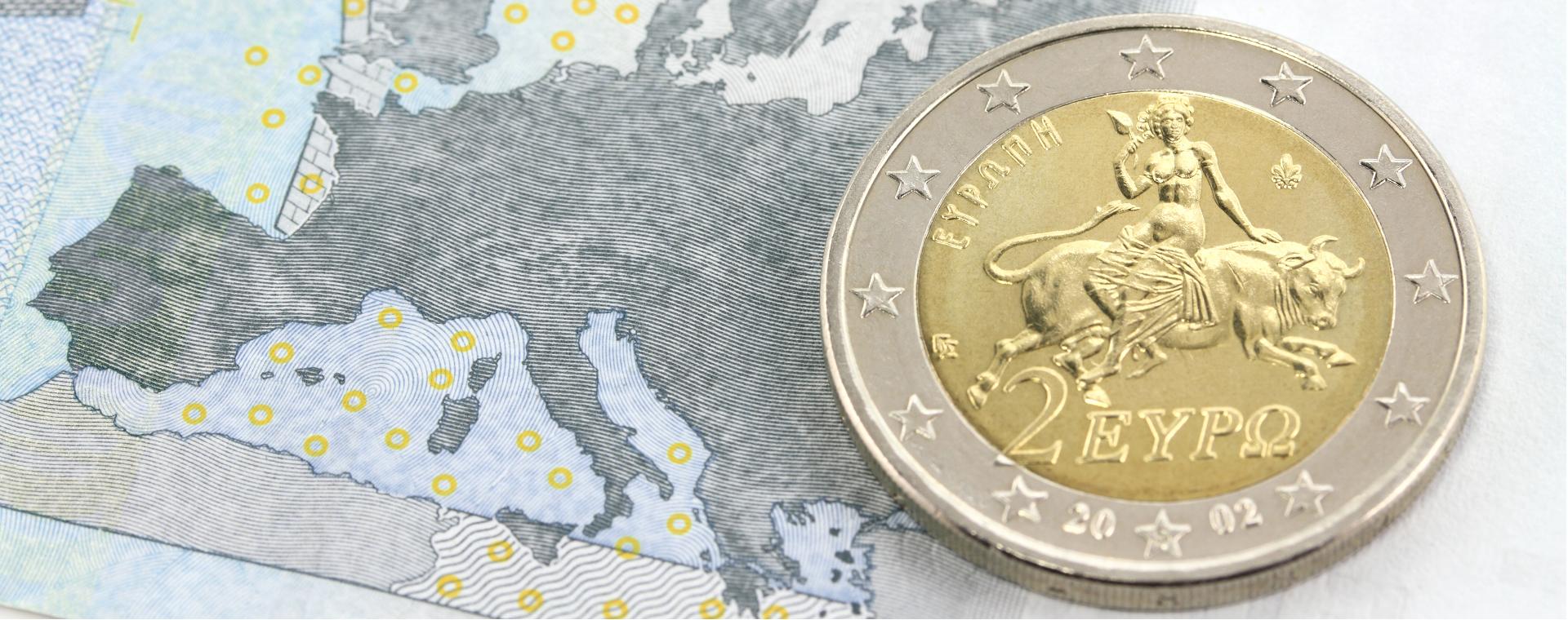 Come varia la dimensione degli addetti tra aziende che beneficiano di finanziamenti regionali vs europei?